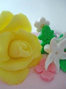 rosa_amarilla_fondant